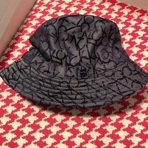 Calvin Klein Signature Hat